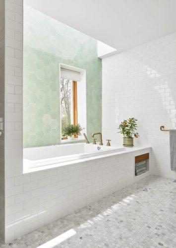 22 - Master Bath