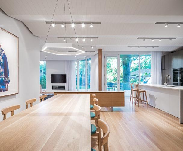 06 - Dining Room