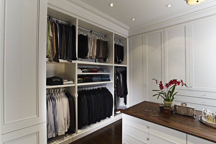 11 Master Dressing Room
