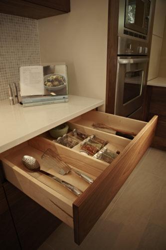 11 - Kitchen
