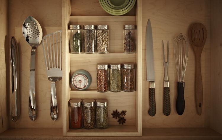 12 - Kitchen