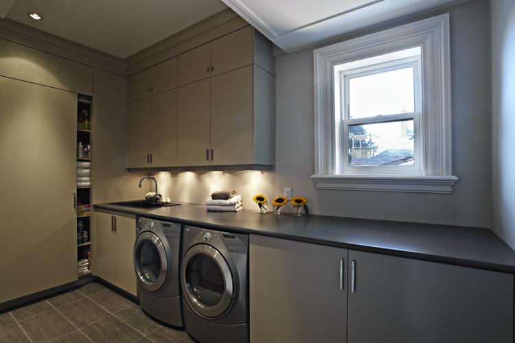 16 Second Floor Laundry