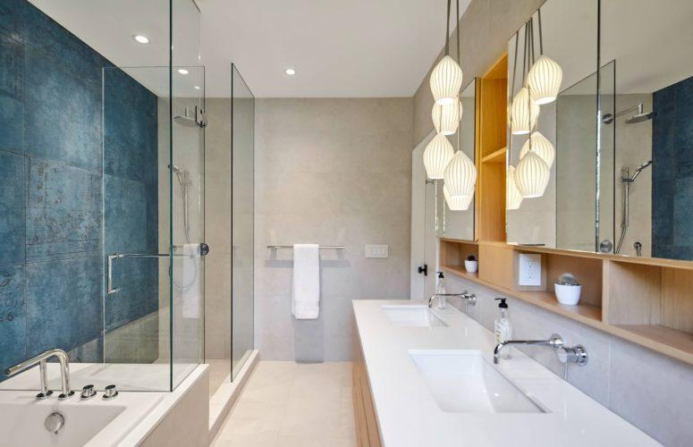 24 - Master Bathroom